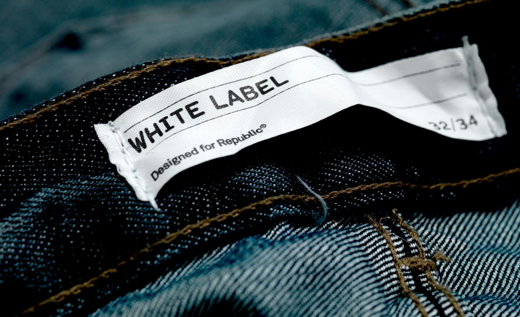 White Label | B&W Studio